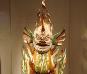 Fajansowa rzeźba opiekuna grobu,  dynastia Tang, VIII wiek. Fot. User:PericlesofAthens Źródło: Wikimedia Commons