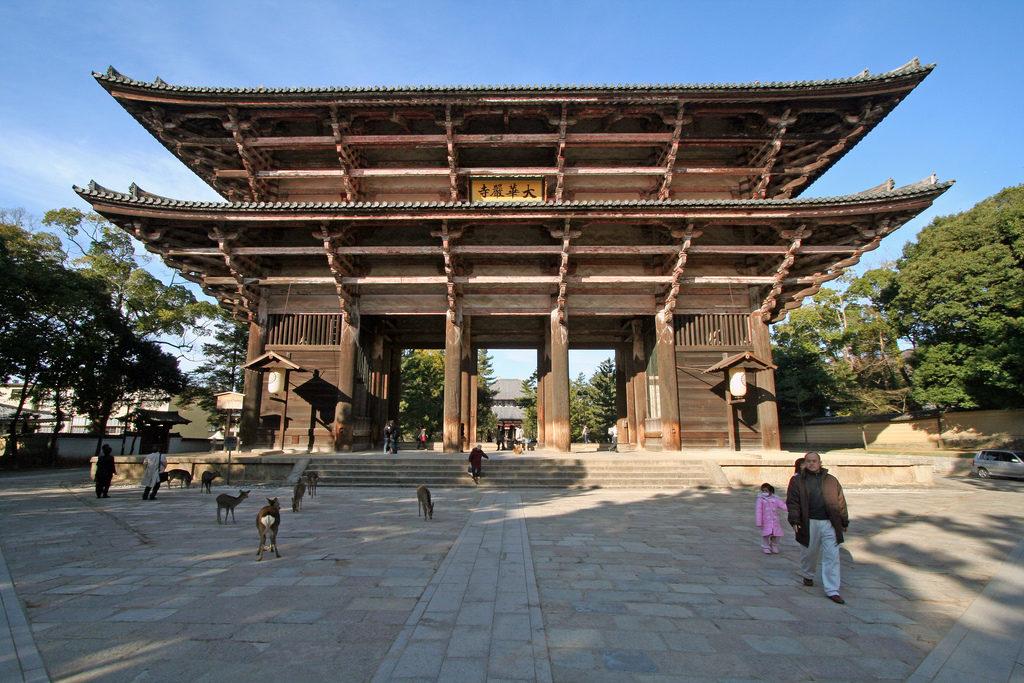 Wejście do świątyni Todai-ji, Świetnie widać tutaj nandaimony :D Źródło: Ruth and Dave via Foter.com / CC BY